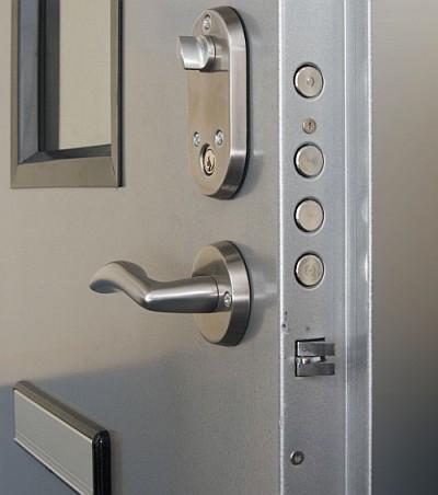 drzwi-antywlamaniowe