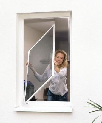 Moskitiera okienna i drzwiowa