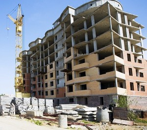 budowa-apartamentowcow-sasiedztwo